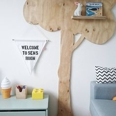 Leentjes Home - A tree with strong roots laugh at storms  #kidsroom #kinderkamer #leentjeshome #boysroom #vintage #retrostyle #tree #woodentree #toys #kids #lego #interior #interieur #Scandinavian #colorful #thuis #wonen #home #wood #steigerhout #monochrome #monochromelife #kid #zwartwitwonen #interiorinspo #baby