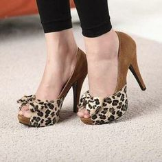 Korea, you never let me down!  Mancienne  Open-Toe Leopard-Pattern Platform Pumps