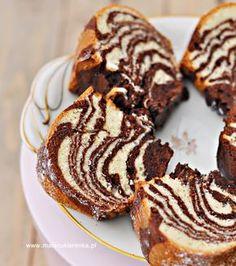 Tzatziki with fresh herbs - Healthy Food Mom Gourmet Recipes, Bread Recipes, Cooking Recipes, Bunt Cakes, Cupcake Cakes, Babka Recipe, Marble Cake, Polish Recipes, Cake Boss