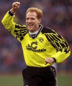 Rødehårede Matthias Sammer er blandt de bedste spillere i international fodbold siden 1980. Sammer spillede som både midtbanespiller og sweeper. Han var en bærende kraft på de tyske EM vindere i 1996, og blev samme år kåret til Europas bedste fodboldspiller. Sammer vandt bundesligaen 3 gange, EM en gang, Champions League og VM for klubhold en gang. Blev desuden kåret som EM i 1996s bedste spiller.