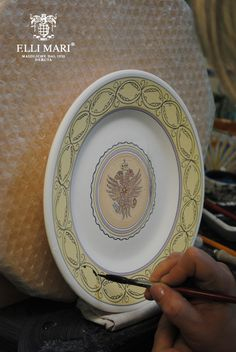 Aquila - Eagle. One of the contrades of the Palio. Work in progress... entirely hand painted and made in Italy! Italian ceramics made in Deruta. #italianceramics #handmade #madeinitaly #PaliodiSiena