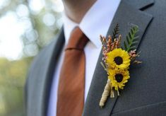Rustic fall wedding idea - sunflower boutonniere Sarah Whitmeyer Photography Informations About Whitney and Tucker's Wedding in Mill Spring, North Carolina Pin You can easily use my Groom Attire Rustic, Fall Wedding Attire, Fall Wedding Groomsmen, Rustic Groomsmen Attire, Sunflower Corsage, Sunflower Boutonniere, Rustic Boutonniere, Fall Wedding Boutonniere, Fall Sunflower Weddings