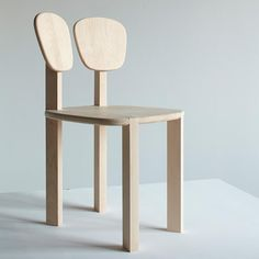 Designers Harc Lee and Ryan Yoon have created the Rabbit Joint Chair. The chair is made out of maple wood and bio resin. The name Rabbit Joint comes from the six rabbit joints used to join the wooden parts.