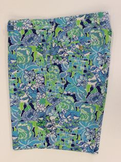 5bfb470c5acce Lilly Pulitzer Floral Print Shorts Sz: 36