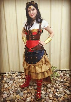 Steampunk Wonderwoman Facebook.com Vanaliel