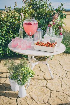 Ideas para bodas : mesas o puestos de bebidas : Tendencias de Bodas Magazine