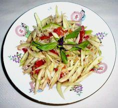 Bok swai chei .  (Green mango relish.)
