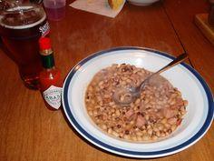 TTs Black-Eyed Peas with Ham - full details→ http://healthysnackrecipesblog.blogspot.fr/2013/08/tts-black-eyed-peas-with-ham.html