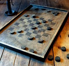 It would be nice to have this awesome prim board and checkers set out and ready. Checkers anyone? Office Star, Vintage Board Games, American Gods, Dart Board, Country Crafts, Old Games, Country Primitive, Primitive Signs, Primitive Decor