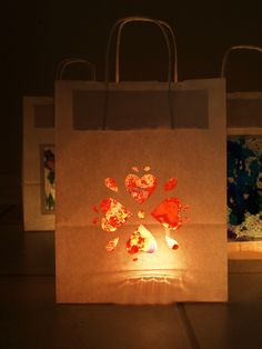 http://artful-kids.com/blog/2012/02/06/childrens-art-lanterns/