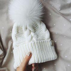 WEBSTA @ dasharichardson.knits - Прелесть белоснежная, снежок такой❄️ по…