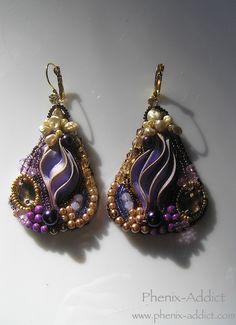 FLORENCE : boucles d'oreilles avec broderie de perles sur ruban Shibori.