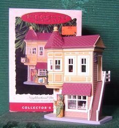 1994 HALLMARK NOSTALGIC HOUSES & SHOPS ORNAMENT - NEIGHBORHOOD DRUGSTORE #11