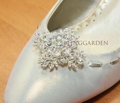 A pair of Rhinestone Crystal Beaded Cross Wedding Shoes Clips -- GOLD/SILVER on Etsy, $39.09 AUD