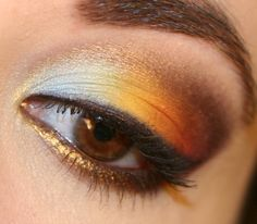 Love this coloring... need to buy some gold eye shadow.