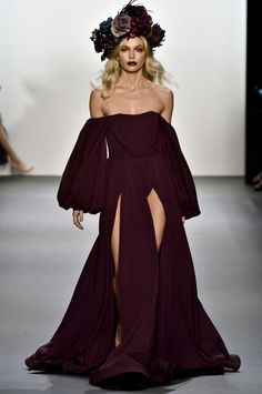 Michael Costello RTW Spring 2017 #nyfw #mostlylisanyfw                                                                                                                                                                                 More