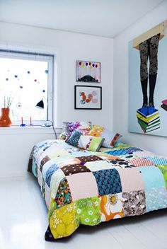 From Scandinavia with love - design & style (Colorful patchwork quilt by Danish Retro Villa. Colchas Quilting, Yo Yo Quilt, Shirt Quilt, Love Design, Quilt Making, Bed Spreads, Bunt, Quilt Patterns, Inspiration
