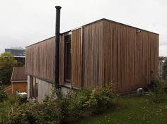 Image 1 of 25 from gallery of House Sømme / Knut Hjeltnes. Courtesy of Knut Hjeltnes Innovative Architecture, Light Architecture, Residential Architecture, Amazing Architecture, Building Structure, Building A House, Prefab, House In The Woods, House Design