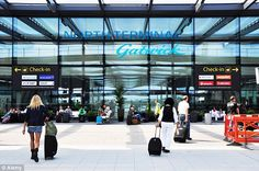 There are many airport hotels to choose from, whatever your budget. For extra convenience, many of these hotels also offer parking for the duration of your travels for a modest extra sum.