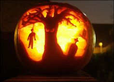 Graveyard tree pumpkin