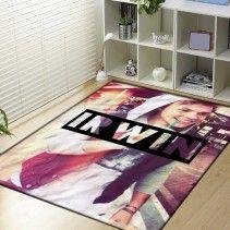 5 SOS Ashton Irwin A Blanket