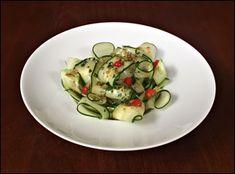 Salada Tailandesa de Pepino ao Molho de Gengibre