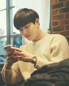 because exo with their boyfriend-materials-thingy will explode your i… # Fiksi penggemar # amreading # books # wattpad Baekhyun Chanyeol, Exo Ot9, Kpop Exo, Kaisoo, Chanbaek, K Pop, Luhan And Kris, Kim Joon Myeon, Exo Album