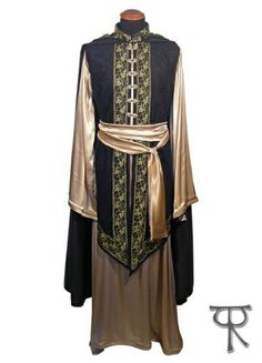 Made to order Veldür kit elven lord fantasy mage robe and cloak, custom made - Inspiration for my partner's larping formal gear. Medieval Clothing, Historical Clothing, Larp, Medieval Costume, Elven Costume, Fantasy Dress, Fantasy Clothes, Character Outfits, Character Design Inspiration