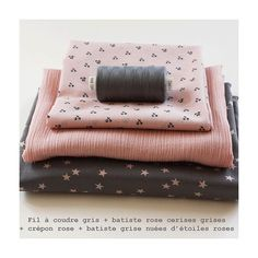 Batiste grise nuée d'étoiles rose - France Duval-Stalla