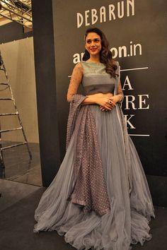 Aditi Rao Hydari was a picture of beauty at Debarun Mukherjee's presentation. Seen at Debarun Mukherjee's presentation at AICW, 2015.  #AICW2015 #Fashion #Style #Beauty #Bollywood