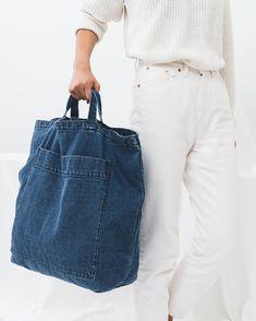 Baggu Giant Pocket Tote on Garmentory Denim Handbags, Denim Tote Bags, Fabric Bags, Denim Fabric, Redone Denim, All Jeans, Denim Ideas, Denim Crafts, Recycled Denim