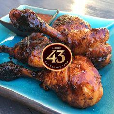LICOR 43 KIPLOLLIES! Liefhebbers van Licor Cuarenta Y Tres (Licor 43) opgelet! Dit moet je echt proeven… Green Egg Recipes, Fish Recipes, Chicken Recipes, Recipies, Ceramic Bbq, Kamado Bbq, Bbq Marinade, Tapas, Birthday Snacks