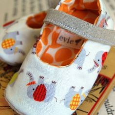 Elephant Parade Baby Shoes by evielala on Etsy, $43.00