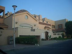 Many beautiful houses in Kuwait, tastefully decorated.     http://www.houseinhanoi.com/  http://www.houseinvietnam.net/