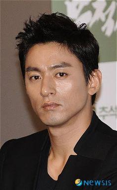 joo jin mo | Joo Jin Mo, Korean Male Actors, Asian Actors, Korean Star, Korean Men, Sexy Asian Men, Asian Guys, Jo In Sung, Empress Ki