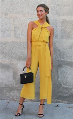 Ladypipa Yellow Wedding Dress, Wedding Dress Guest, Casual Wedding Outfit Guest, Summer Wedding Outfits, Wedding Summer, Casual Dresses, Fashion Dresses, Mode Chic, Elegant Outfit