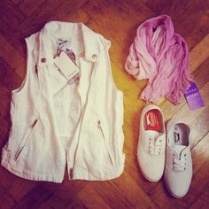 Casual White with Stradivarius, Slazenger and Mikad