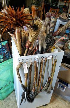 handmade art brushes by Elizabeth Schowachert, art class ideas, mark making techniques Painting Tools, Painting & Drawing, Handmade Paint, Pottery Tools, Mark Making, Teaching Art, Art Techniques, Art Studios, Art Tutorials