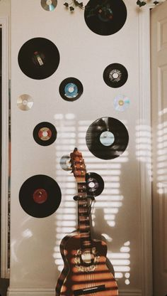Marla Catherine's room with guitar and record wall Marla Catherine, Room Ideas Bedroom, Bedroom Themes, Bedroom Inspo, Guitar Decorations, Record Wall Art, Record Decor, Retro Bedrooms, Retro Room