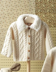 Book Baby 66 Autumn / Winter | 20: Baby Jacket | Off-white