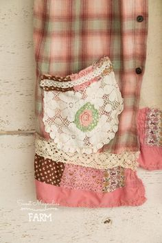 Flannel Sleeveless Shirt - Tunic - Size Sm - Med - Boho Clothing - Upcycled - Pink Plaid Vintage Funks Seed Feed Sack Back Farm Girl Shirt Green Flannel Shirt, Flannel Shirts, Flannels, Plaid Flannel, Vintage Crochet, Vintage Lace, Aprons Vintage, Clothespin Bag, Altered Couture