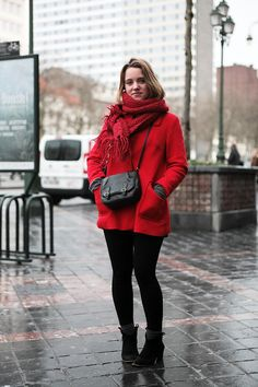 THEFASHIONALISTS: Outside..., Red on Red, Brussels