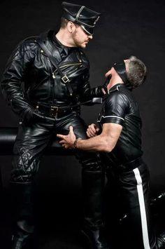 Gay Guy Ropes 93