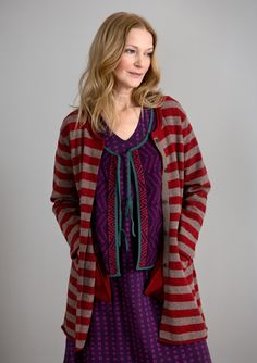 Striped long cardigan in lambswool/nylon – Knits – GUDRUN SJÖDÉN – Webshop, mail order and boutiques | Colorful clothes and home textiles in natural materials.