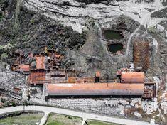 Abandoned brick farm near Pienza in Tuscany.