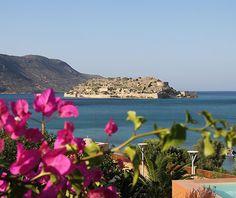 Special feature: Domes of Elounda, Crete http://www.aluxurytravelblog.com/2013/07/25/special-feature-domes-of-elounda-crete/