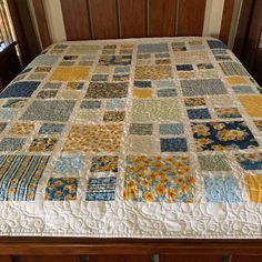 Choose a Beautiful Fabric Line for This Quilt - Quilting Digest Big Block Quilts, Boy Quilts, Scrappy Quilts, Quilt Blocks, Modern Quilt Patterns, Quilt Patterns Free, Sewing Patterns, History Of Quilting, Twin Quilt Size
