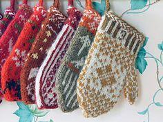 Ravelry: Mitten Garland Advent Calendar pattern by Kat Lewinski
