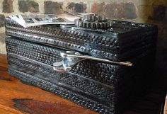 ok... probably can't make this, but seriously cool and so beautiful. Trunk made from tires