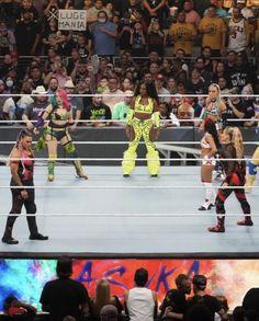 Thea Trinidad, Naomi Wwe, Tamina Snuka, Luge, Champs, Superstar, Wrestling, Women, Lucha Libre